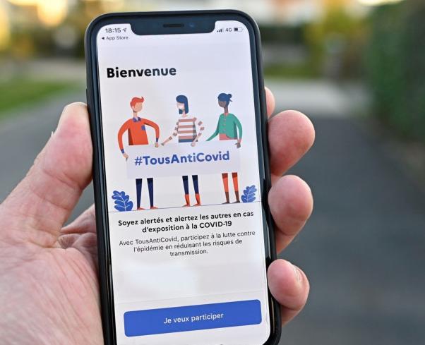 Voté  ! L'Assemblée nationale ouvre la voie à un «pass sanitaire» en France
