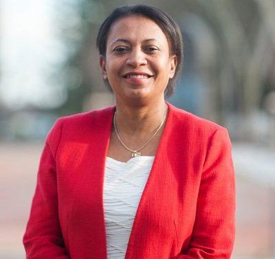 Parti Socialiste : Hélène Geoffroy, maire de Vaulx-en-Velin, candidate en campagne à Vienne et Bourgoin-Jallieu