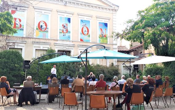 Théâtre, concerts, humour: à Vienne, le roi Boson continue à animer sa cour tout l'été