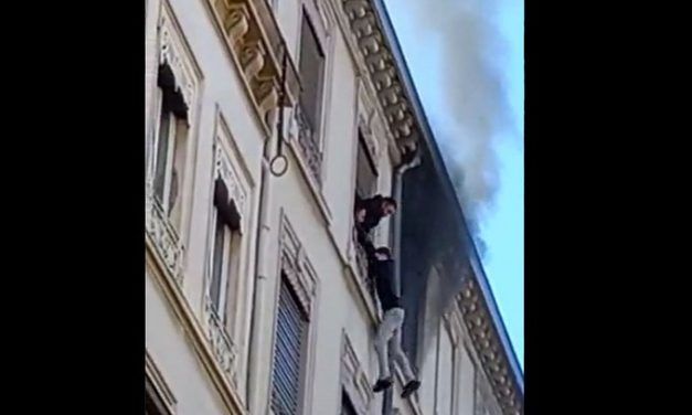 Incendie à la Part-Dieu, à Lyon : suspendu dans le vide, il est sauvé par un voisin !